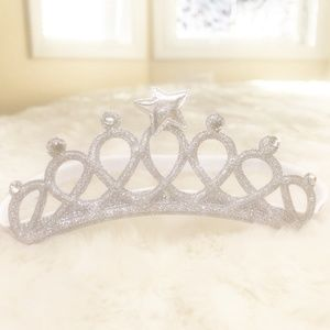 Silver Crown Design Headband Bow For Babies  (new)